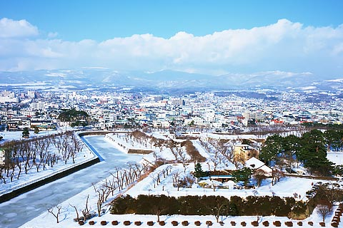 【北海道】一年四季不同風情玩雪賞雪吃螃蟹